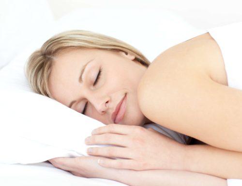 Leggere prima di dormire ecco perch aiuta a riposare meglio - Sostegno per leggere a letto ...