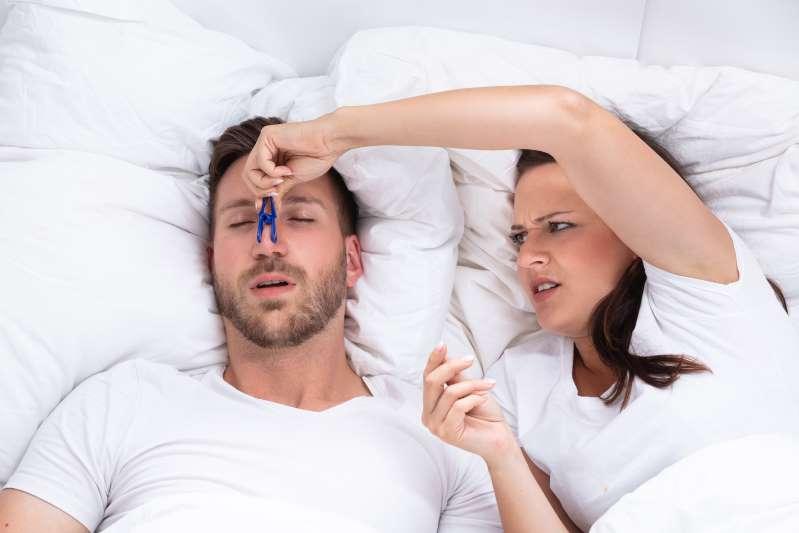 Perché è Sconsigliato Dormire Sul Fianco Destro Quel è Il Miglior Lato Per Dormire